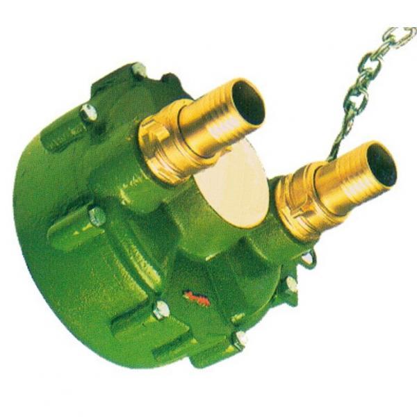 67211-76100 pompa idraulica per trattore da giardino B7001 Kubota Motore D750